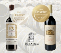 DECANTER WORLD WINE AWARDS 2017 PLATINUM para DON PX VIEJA COSECHA 1973 ORO para DON PX 1987
